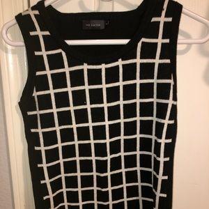 the limited black vest for women